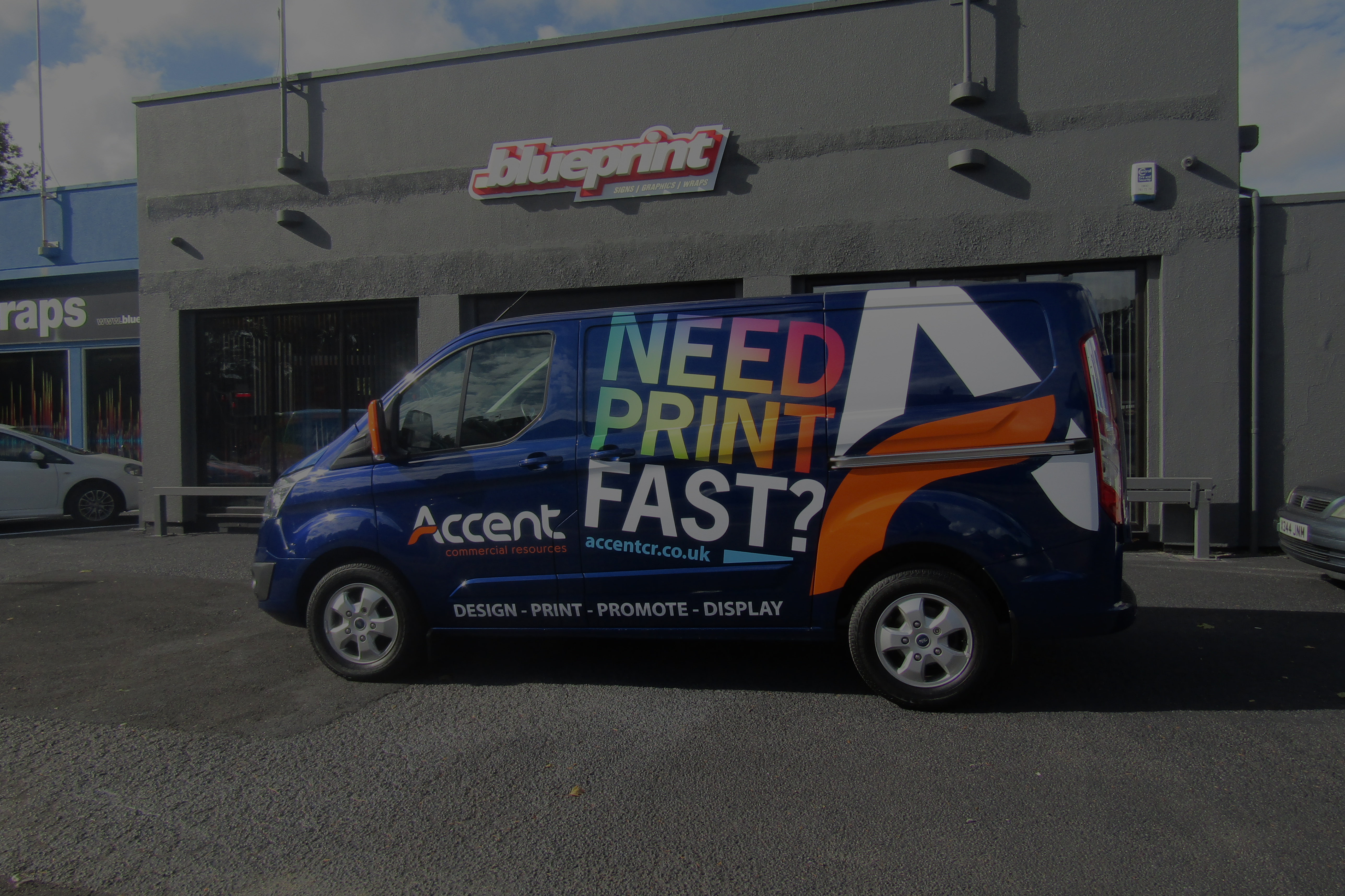 The East Midlands  premium sign writing specialist.